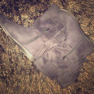 Women's boots black 8.5 comfort view